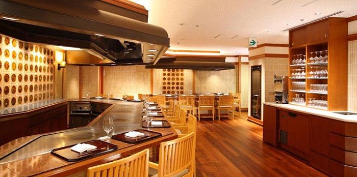 ANAクラウンプラザホテル大阪の鉄板焼きレストラン(画像引用元:ANAクラウンプラザホテル大阪)