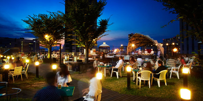ハイアットリージェンシー大阪のガーデンレストラン(画像引用元:楽天トラベル)