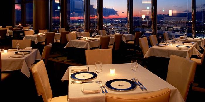 ホテル京阪 ユニバーサル・タワーのスカイレストラン(画像引用元:ホテル京阪 ユニバーサル・タワー)