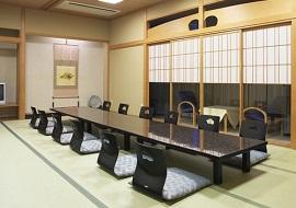ニュー松ヶ枝のグループ宿泊和室(画像引用元:楽天トラベル)