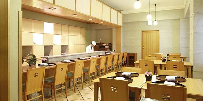 ホテルモントレ大阪の日本料理レストラン(画像引用元:楽天トラベル)