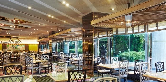 ホテルニューオータニ大阪のバイキングレストラン(画像引用元:楽天トラベル)