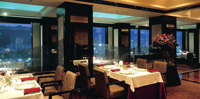 ホテルオークラ神戸のフレンチレストラン(画像引用元:楽天トラベル)