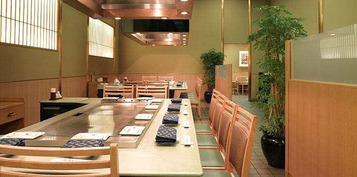 ホテルオークラ神戸の鉄板焼きレストラン(画像引用元:楽天トラベル)