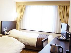 大阪第一ホテルのソファーツインルーム(画像引用元:大阪第一ホテル)
