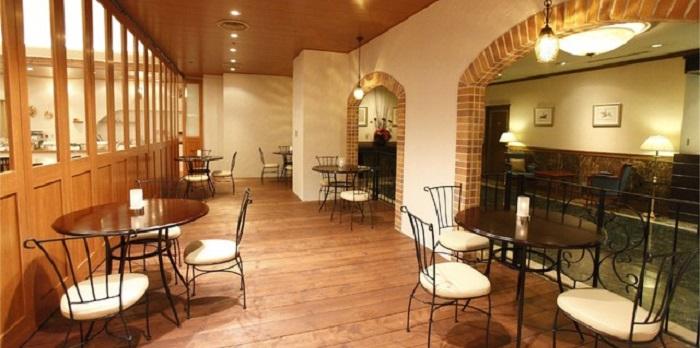 ホテルプラザ神戸のビュッフェレストラン(画像引用元:楽天トラベル)